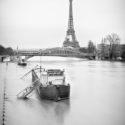 La tour Eiffel et la Seine en crue