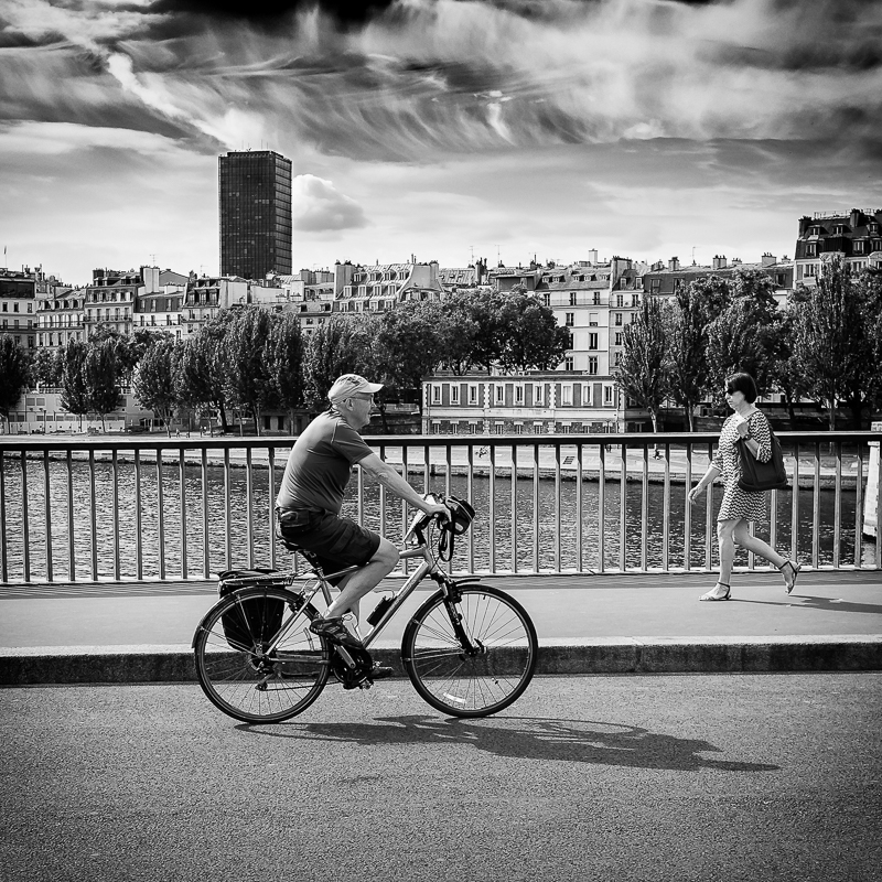 Sous un ciel parisien
