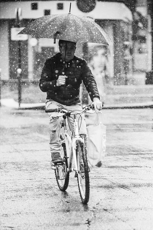 Pédaler sous la neige