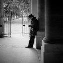 Attente au Palais Royal