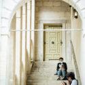 Rencontre en escaliers